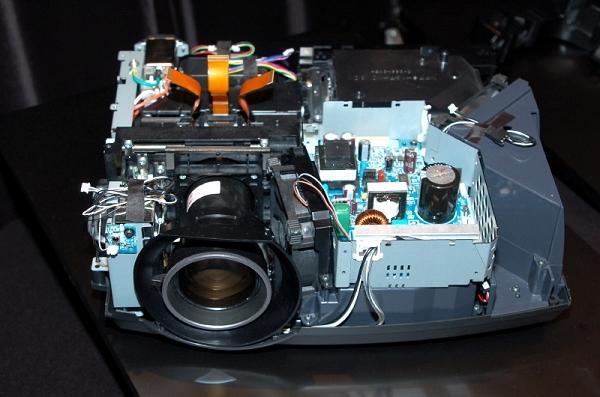 图为投影仪的内部结构,此图使用的为fd4510